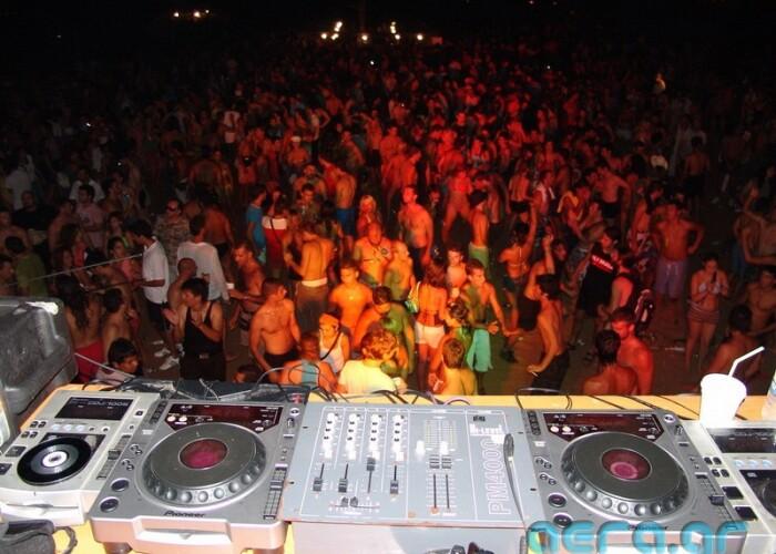 Summer Well, A giant party in Bucuresti, multe petreceri in aer liber si filme noi: Ce facem in weekend