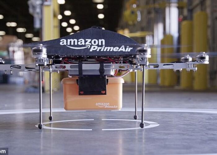 Amazon va incerca sa construiasca drone pentru a livra comenzile clientilor intr-o jumatate de ora! VIDEO