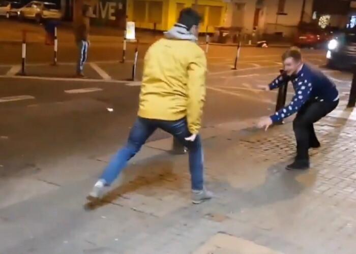 Faceau misto de Conor McGregor pe strada si s-au trezit cu starul din UFC in spatele lor! Cum s-a terminat totul
