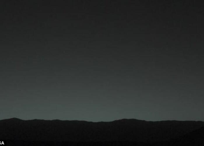 Asa se vede Pamantul de pe Marte! FOTO