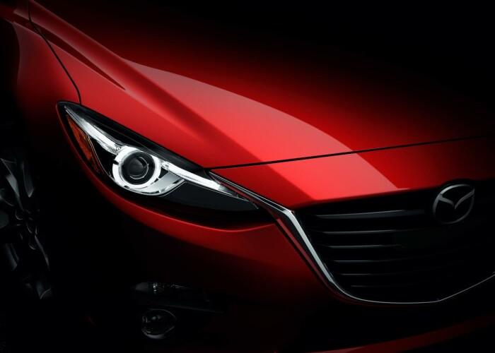 Cum te face masina asta sa spui DA din prima! Afla totul despre noua Mazda 3 intr-o prezentare multimedia spectaculoasa