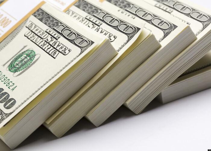 Cine e pe primul loc? Averile bogatilor au crescut cu 524 miliarde de dolari anul trecut