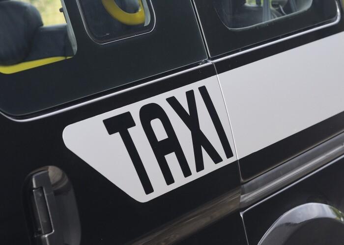 Asa arata noile taxiuri pentru Londra facute de Nissan: FOTO