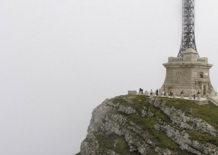 Am intrat in Cartea Recordurilor: Cea mai inalta cruce din lume amplasata pe un varf montan: