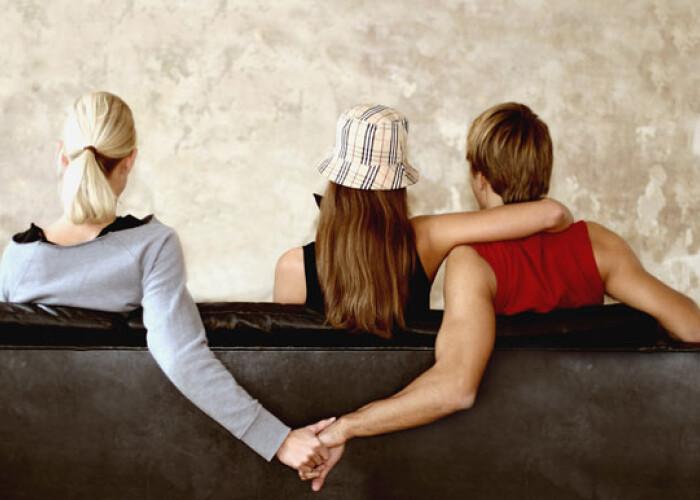Esti inselat sau nu? Care sunt comportamentele care te dau de gol si ce ascund ele: