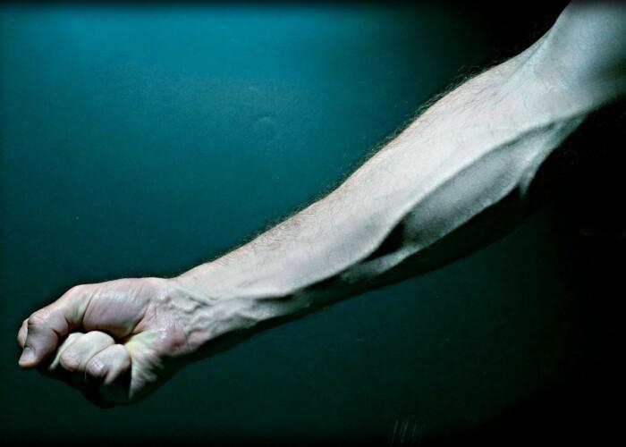 De ce sunt venele albastre, daca sangele e rosu: FOTO