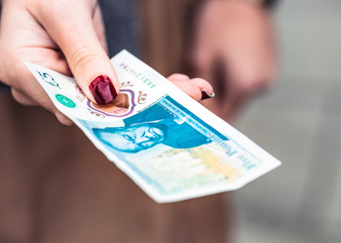 Un barbat a reusit sa vanda o bancnota rara pe eBay cu peste 70.000 de dolari