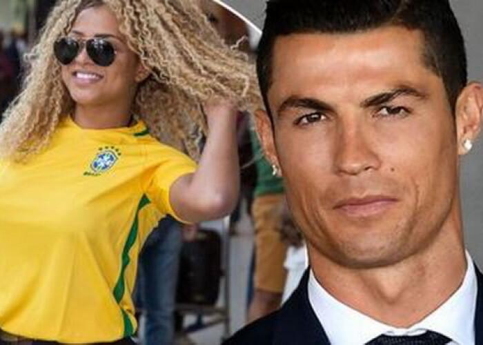 Miss Bumbum l-a dat in vileag pe Cristiano Ronaldo! Ce mesaje i-a trimis jucatorul pe WhatsApp