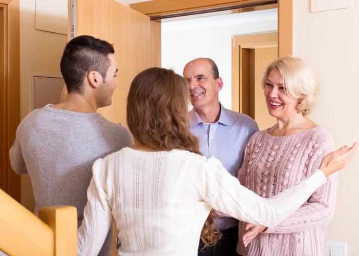 5 reguli de respectat când îi întâlnești tatăl pentru prima oară