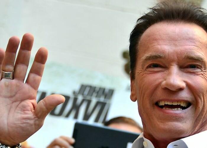 Cum arata Patrick, fiul lui Arnold Schwarzenegger: Are doar 20 ani si viseaza sa calce pe urmele tatalui sau! FOTO