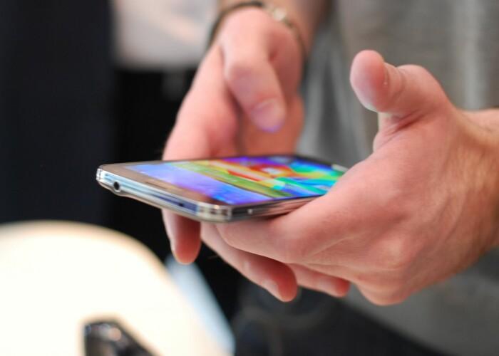 Top 5 telefoane cu cea mai mare durata de functionare a bateriei