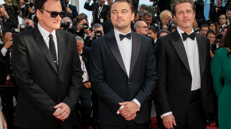 Quentin Tarantino, Brad Pitt și Leonardo DiCaprio, ovaționați 6 minute la Cannes