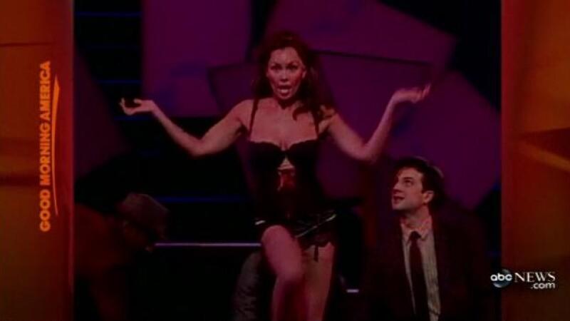 Vanessa Williams a facut striptease in direct la TV! De dragul actoriei…