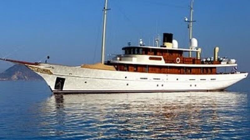 yacht Deep