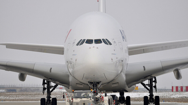 Clipe de cosmar traite de pasagerii unui avion Air France. La bordul aeronavei care a pierdut altitudine se afla si un roman