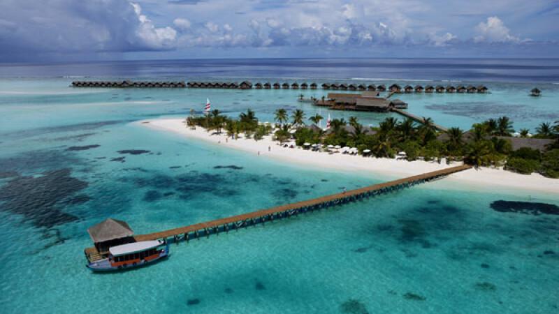 Radu Mazare va construi un complex de lux pe o plaja din Madagascar. A platit 1 euro/metru patrat