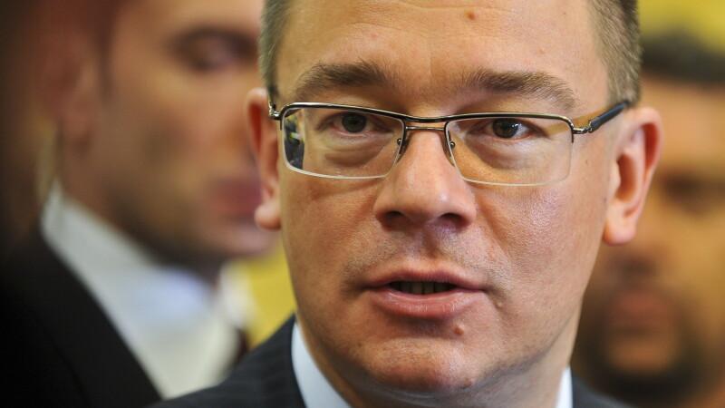 Ungureanu: Ma consider membru PNL, Antonescu sa ma invite la sedinta Biroului Politic