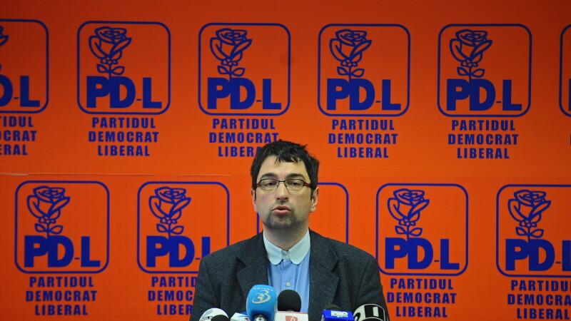 Voinescu: Bilantul lui Oprescu a fost un spectacol penibil, a vorbit intr-o limba romana schioapa