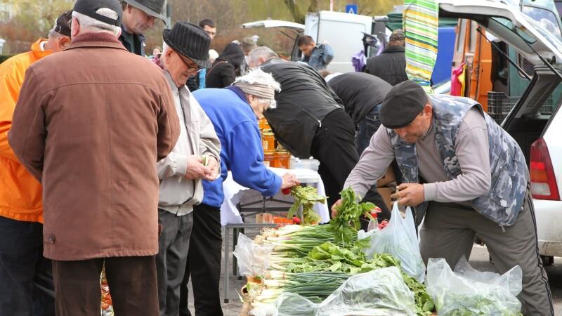 Aprovizionarea de Paste. Clujenii se inghesuie la produse romanesti