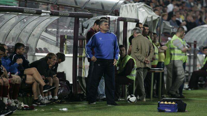 Andone n-a ajuns bine la Cluj si deja e ingrijorat