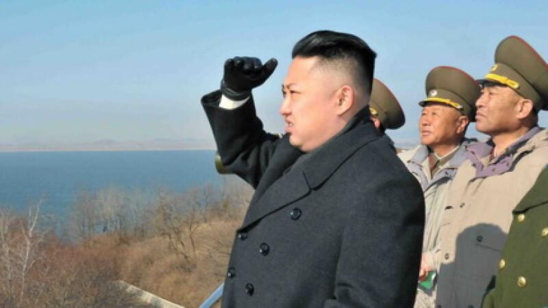 Presat sa renunte la inarmare pentru a salva poporul de foamete, Phenianul anunta o noua racheta