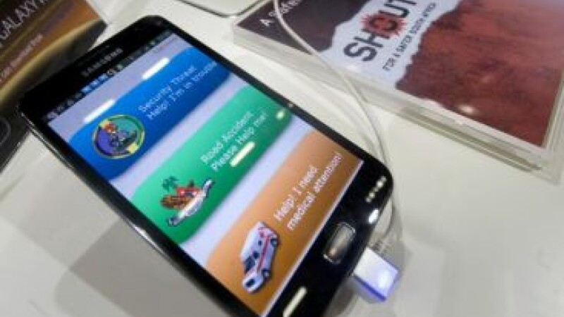 E oficial. Nokia, ingenuncheata dupa 14 ani. Noul lider a vandut 100 mil. telefoane in 3 luni