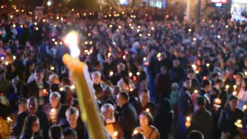 Romanii n-au obosit sa fie martorii unui miracol. Cum s-a trait Invierea in marile orase ale tarii