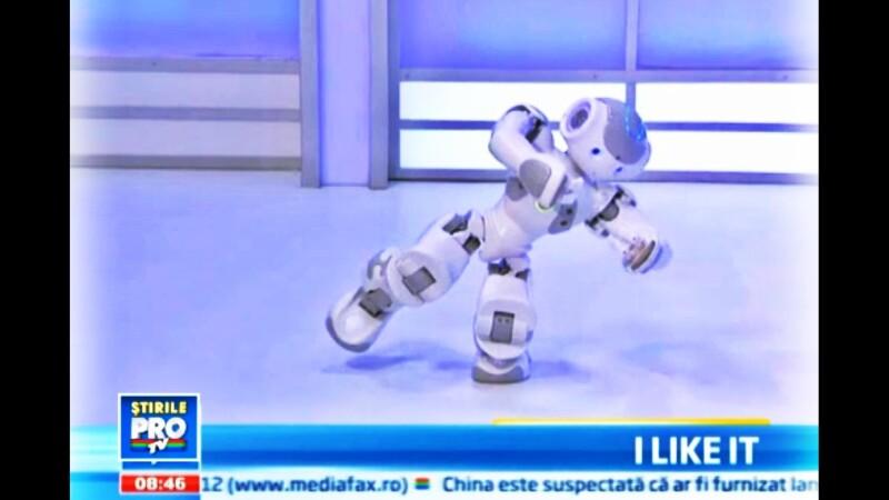 iLikeIT: Lupte de sumo intre roboti si gadgeturi interesante de la HKTDC