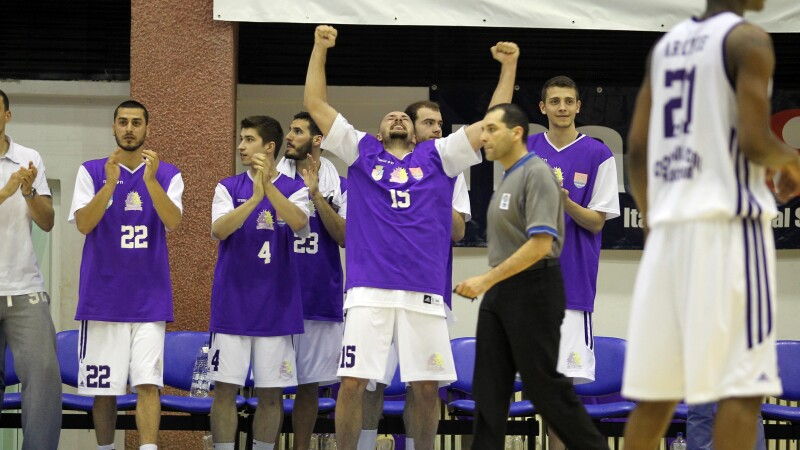 """""""Leii din Banat"""" s-a calificat in semifinalele campionatului de baschet"""