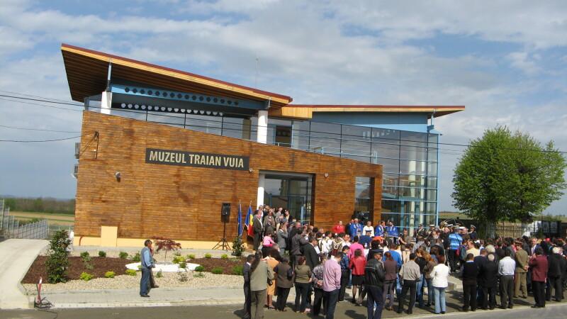 Parintele aviatiei moderne, Traian Vuia, are de astazi un muzeu in localitatea care ii poarta numele