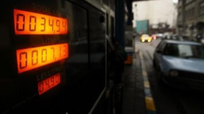 Decizie Petrom: dispare benzina Premium fara plumb. Ce surprize vei mai avea marti la pompa