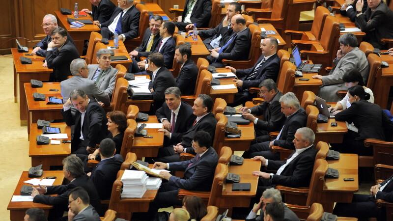 Judetul timis trimite 6 senatori si 14 deputati in for Lista senatori