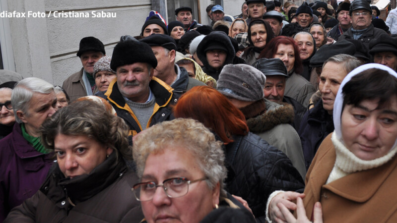 pensionari romani in frig