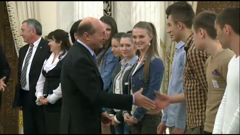 Traian Basescu la intalnirea cu elevii din Transnistria