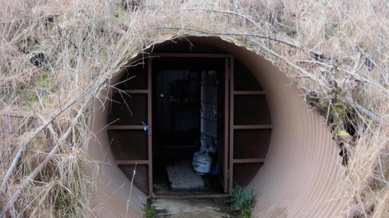 Au inselat statul in Romania si s-au ascuns intr-un buncar subteran in SUA. O escrocherie intinsa pe trei continente