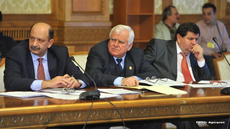 Deputatul Ion Ochi (stanga) - AGERPRES