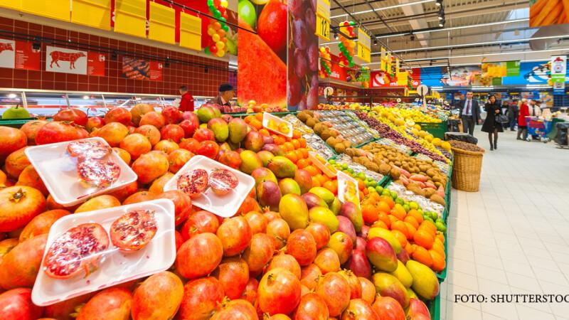 fructe si legume in hypermarket