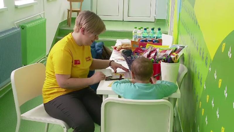 Un spital de pediatrie din Cluj a ajuns sa arate ca o gradinita. Gestul impresionant facut de voluntarii unei asociatii