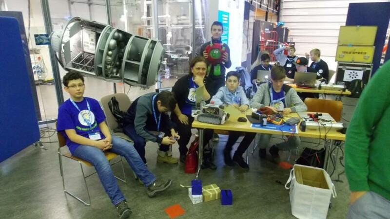 7 scoli gimnaziale si licee din judetul Cluj primesc finantari de peste 114.000 lei prin Programul Stiintescu Cluj