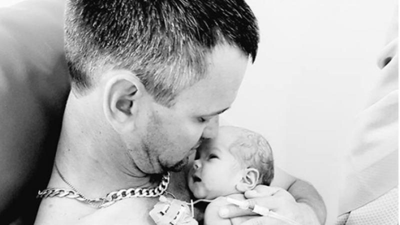 tata cu fetita