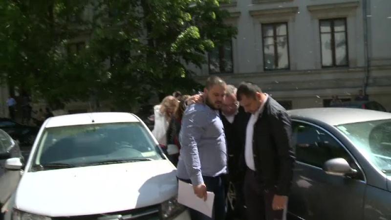 Fiul lui Dan Adamescu o ataca dur pe fosta sotie a omului de afaceri.