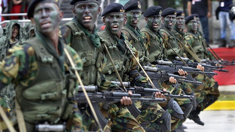 soldati venezuelieni