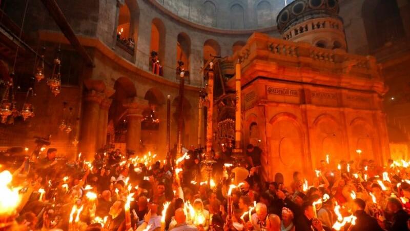 lumina sfinta, ierusalim, Mormantul lui Iisus Hristos