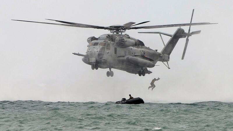 elicopter Super Stallion CH-53E