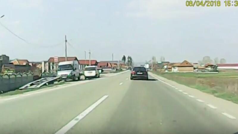 """Momentul în care un șofer e șicanat în trafic: """"Ai BMW înseamnă că îți faci de cap"""". VIDEO"""