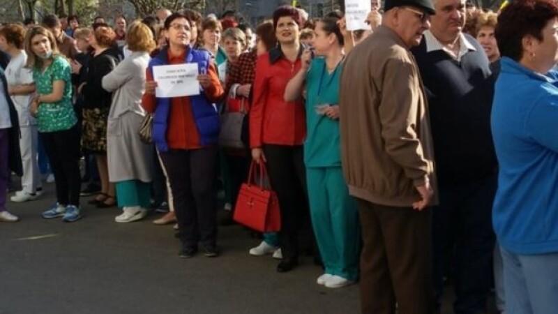 tulcea, protest, salarii,