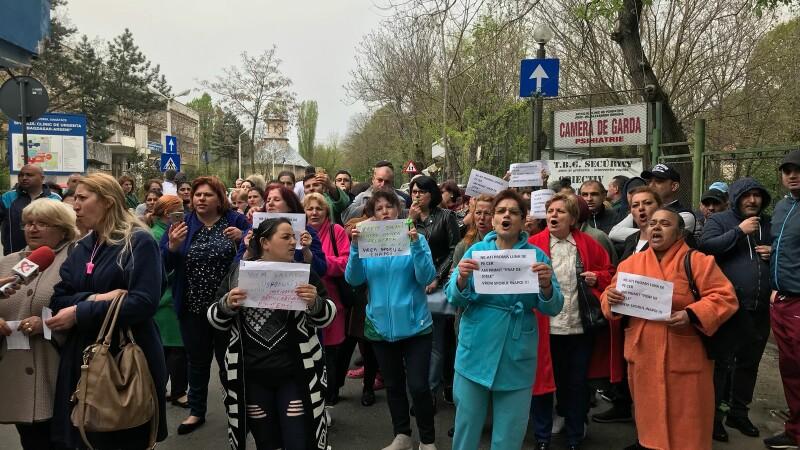 Proteste în spitale, din cauza tăierii sporurilor. Veniturile asistentelor, mai mici cu 1.000 de lei