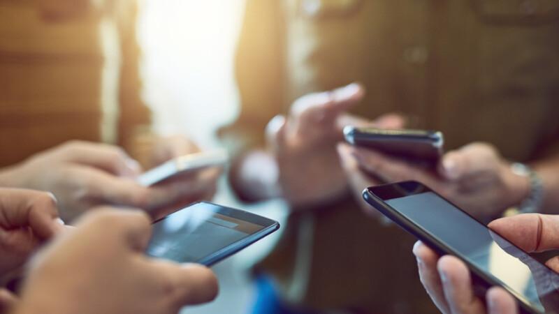 Analiză BBC: Ar putea tehnologia digitală să ne distrugă democrația?