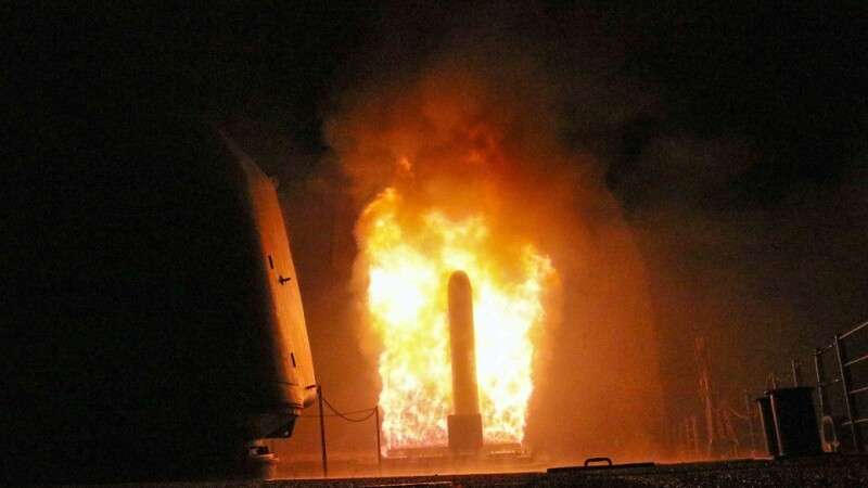 racheta tomahawk lansata de americani