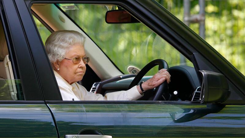 Decizia reginei Elisabeta, înainte să facă 93 de ani. A renunțat la activitatea preferată